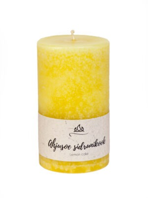 Scented candle Lemon cake  A little piece of biscuit and lemon cream - light this candle and your family will think you are baking.